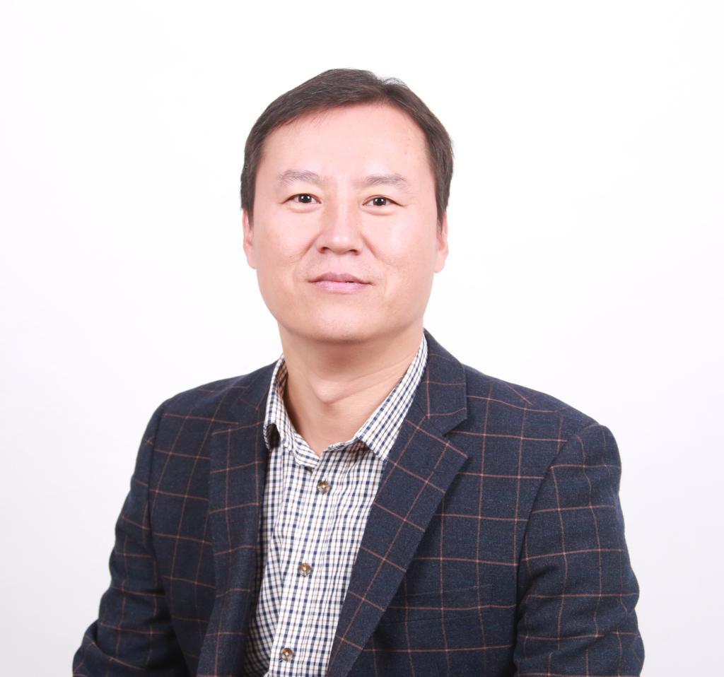 司道锋,男,音乐教育博士,山东师范大学音乐学院副教授